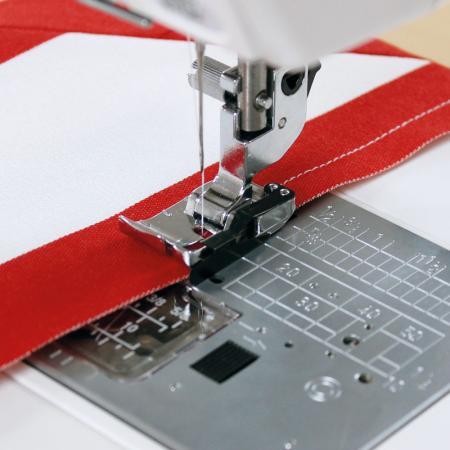 """Stopka krawędziowa 1/4"""" (6 mm) (do maszyn z szerokością ściegu 9 mm), fig. 1"""