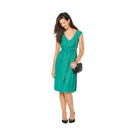 Wykrój BURDA: sukienka zpanelem wtalii i obniżoną linią ramion, fig. 3