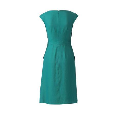 Wykrój BURDA: sukienka zpanelem wtalii i obniżoną linią ramion, fig. 7