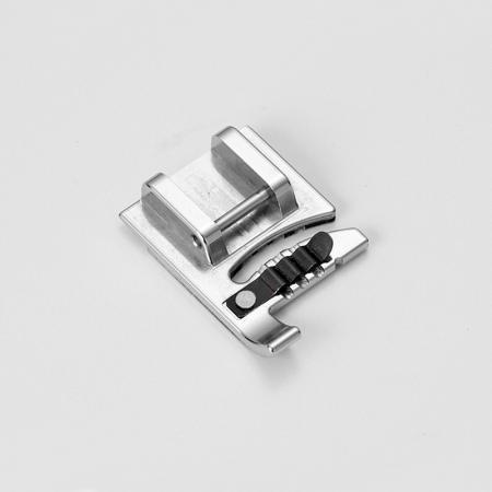 Stopka do naszywania ozdobnych sznurków (do maszyn z szerokością ściegu 9 mm), fig. 2