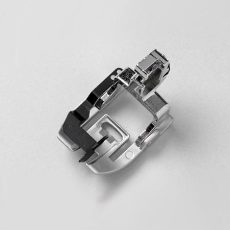 Stopka z centralnym prowadnikiem (do maszyn Janome MC6600P i MC7700QCP), fig. 1
