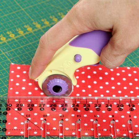 Nóż krążkowy o średnicy 28 mm, fig. 2