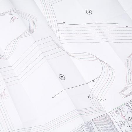 Wykrój na spodnie damskie typu cygaretki, fig. 7