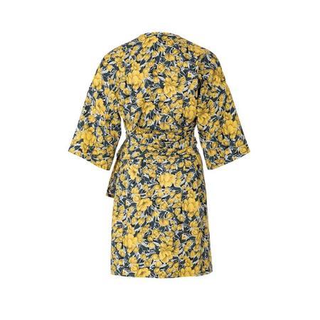 Wykrój BURDA: sukienka kopertowa zpaskiem iwiązaniami oraz wolantami u dołu iprzy dekolcie, fig. 5