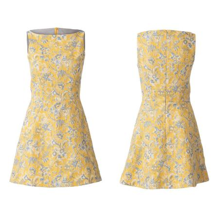 Wykrój BURDA: sukienka zrozszerzaną spódnicą i dekoltem włódkę, fig. 4
