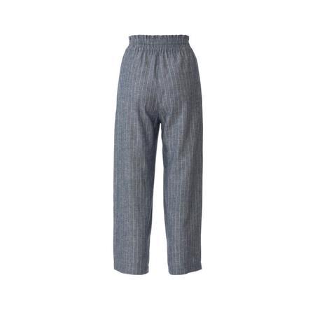 Wykrój BURDA: spodnie zgumą wpasie ikieszeniami wszwach bocznych, zszerokimi nogawkami, fig. 7